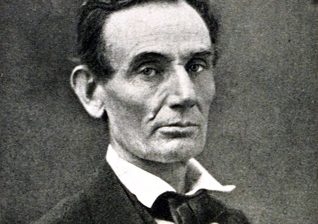 A Sculpture of Abraham Lincoln's Hand Has Been Stolen From an Illinois Museum | Smart News ...