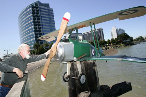 A California artist celebrates the famed WW1 fighter.