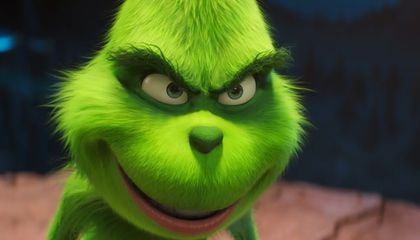 Top 10 Real-Life Grinches Who Did Their Best to Steal Christmas