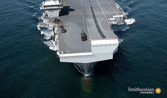 Preview thumbnail for video'HMS Queen Elizabeth Is Unlike Any Other Warship