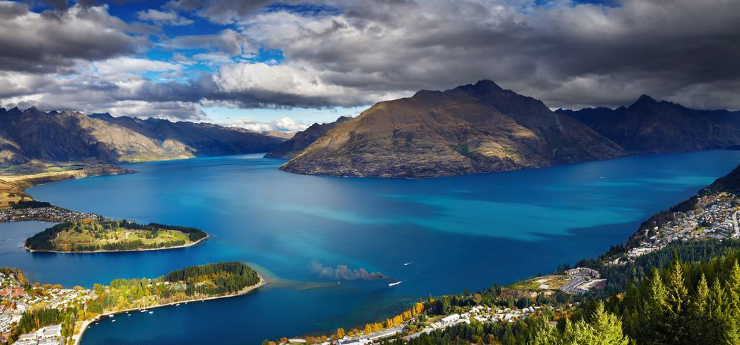 Queenstown, Lake Wakatipu, and the Remarkables