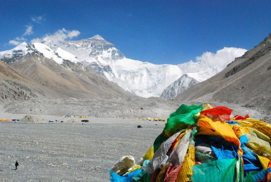 Four People Have Died On Everest In As Many Days Smart