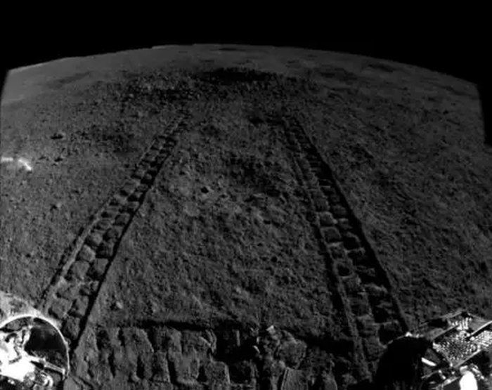 China Claims Lunar Rover Found a Gel-Like Substance on the Moon
